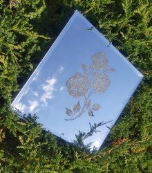 Zrkadlo s Laser gravírovanim